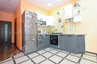 Ищете дом? Крым, Феодосия – лучшее решение - Просторная кухня.