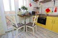 Отдых-Кафа — Выгодная аренда квартир в Крыму - Небольшой столик.