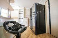 Приглашаем на отдых в Феодосию в любое время года - Вместительный холодильник.