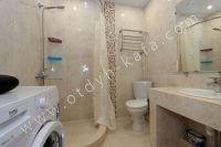 Феодосия: снять у моря квартиру будет просто - Просторная ванная комната.