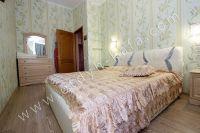 Недорого и посуточно? Феодосия — отличный выбор - Комфортная двуспальная кровать.