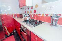 Приглашает Феодосия! Снять однокомнатную квартиру будет просто - Вся необходимая посуда.