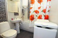 Приглашает Феодосия! Снять однокомнатную квартиру будет просто - Современная ванная комната.