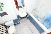 Феодосия: квартиры посуточно возле моря - Стандартная ванная комната