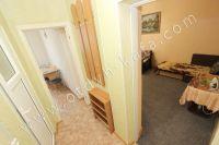 Для отличного отдыха, снимайте квартиры в Феодосии - Просторный коридор