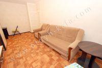 Аренда в Феодосии недвижимости для летнего отдыха - Комфортный двуспальный диван