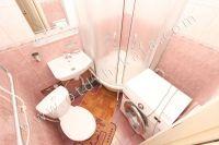Аренда в Феодосии недвижимости для летнего отдыха - Совмещенная душевая с санузлом