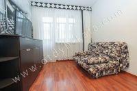 Отдых-Кафа поможет снять квартиру в Феодосии на лето - Выход на балкон.