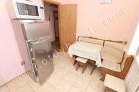Для летнего отдыха Феодосия! снять квартиру, цены доступные - Вместительный холодильник