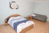Феодосия! Крым, квартиры у моря будут радовать ценами - Широкая двуспальная кровать