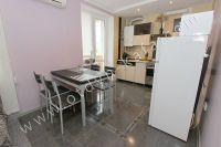 Посуточная аренда квартиры в Феодосии для отдыха летом - Выход на балкон