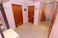 Посуточная аренда квартиры в Феодосии для отдыха летом - Просторный коридор