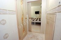 Летом на Чёрном море можно снять квартиру в Феодосии недорого -