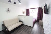 Выгодно снять жильё в Феодосии! В 2018 г. цены привлекают туристов - Спальня разделена на две зоны