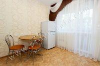 Выгодно снять жильё в Феодосии! В 2020 г. цены привлекают туристов - Удобные стулья