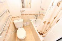 Снять жилье в Феодосии 2021 в центре, выгодно и без хлопот - Совмещенный санузел с ванной