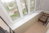 Выгодная! посуточная аренда жилья в Крыму - Небольшой балкон