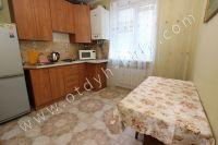 Стоимость квартир в Феодосии осталась без изменений - Просторная кухня