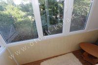 Стоимость квартир в Феодосии осталась без изменений - Небольшой балкон