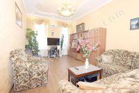 Предлагает Феодосия: жилье недорого рядом с набережной - Большая комната