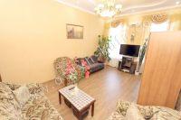 Предлагает Феодосия: жилье недорого рядом с набережной - Мягкая мебель