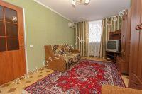 Не высокая стоимость квартиры посуточно в Крыму - Большая светлая спальня