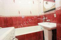 Снять квартиру в Феодосии посуточно, недорого и без хлопот - Современная ванна.