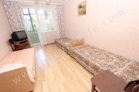 Снять квартиру в Феодосии посуточно, недорого и без хлопот - Выход на лоджию