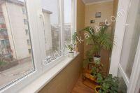 Выбирайте жилье в Феодосии – квартиры - Небольшой балкон