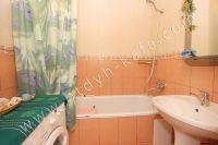 Выбирайте жилье в Феодосии – квартиры - Просторная ванная