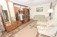 Проведите отдых у моря в Феодосии в отдельной квартире - Большая и светлая комната
