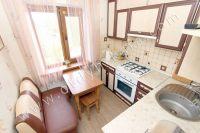 Проведите отдых у моря в Феодосии в отдельной квартире - Небольшая кухня