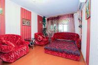 Сдается двухкомнатная квартира! Феодосия готова к сезону 2021 - Большой двуспальный диван.