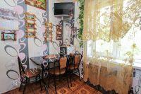 Сдается двухкомнатная квартира! Феодосия готова к сезону 2021 - Светлая кухня.