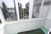 Приглашает Феодосия: квартира посуточно недорого - Балкон с видом на море