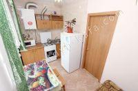 Приглашает Феодосия: квартира посуточно недорого - Небольшая кухня