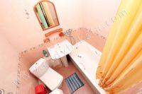Приглашает Феодосия: квартира посуточно недорого - Совмещенная ванная комната