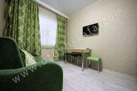 Лучшая аренда квартир в Крыму у моря - Небольшой обеденный стол.