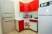 Комфортный отдых в Феодосии у моря - Небольшая кухня.