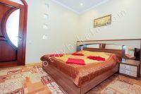 Снять квартиру в Крыму посуточно у моря - Удобная двуспальная кровать